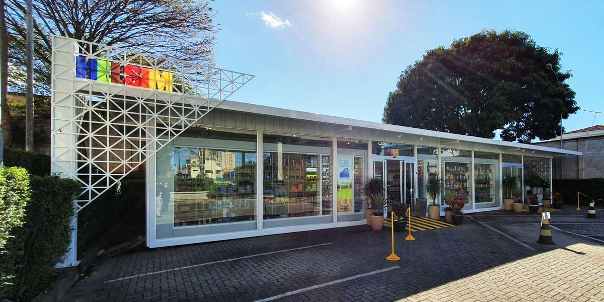 Helsim inaugura loja de fábrica aberta ao público